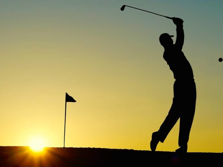 Spela golf på Ekerö i sommar – bo på Ekebyhov Hotell